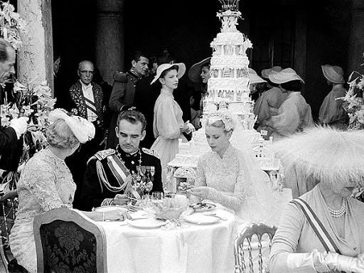 Грейс Келли и Ренье III свадебный торт