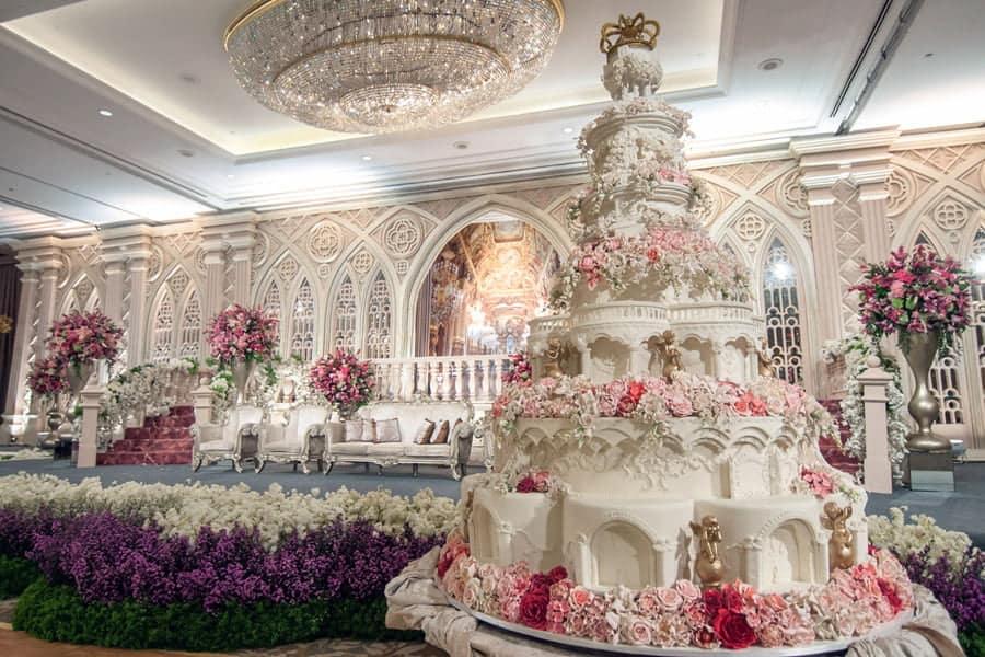Найдорожчі весільні торти знаменитостей